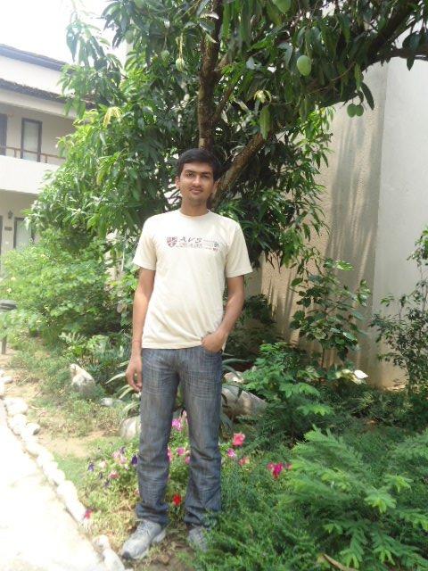 साल 2011 की तस्वीर
